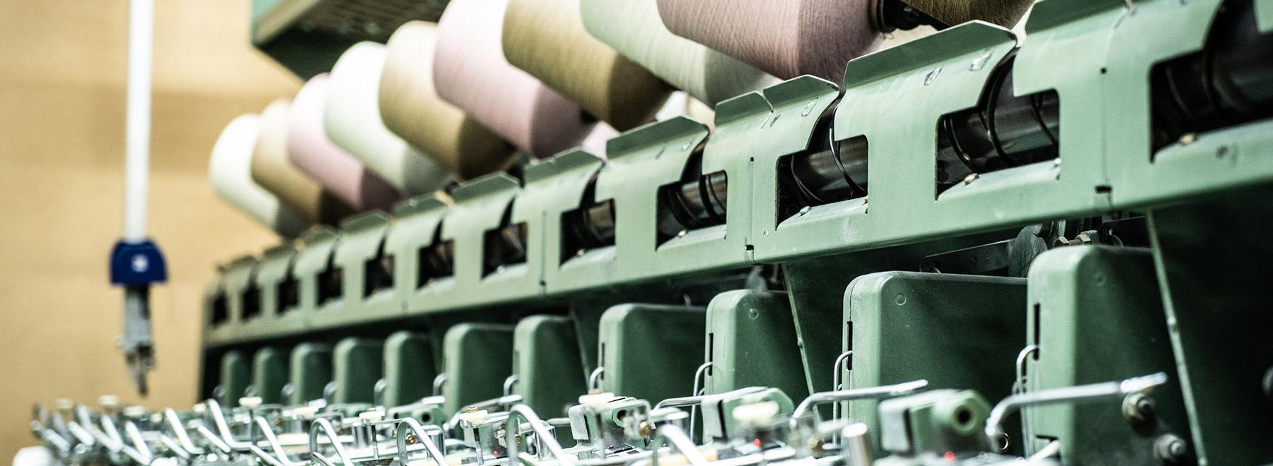 新潟のニット製造メーカー サトウレーヌ